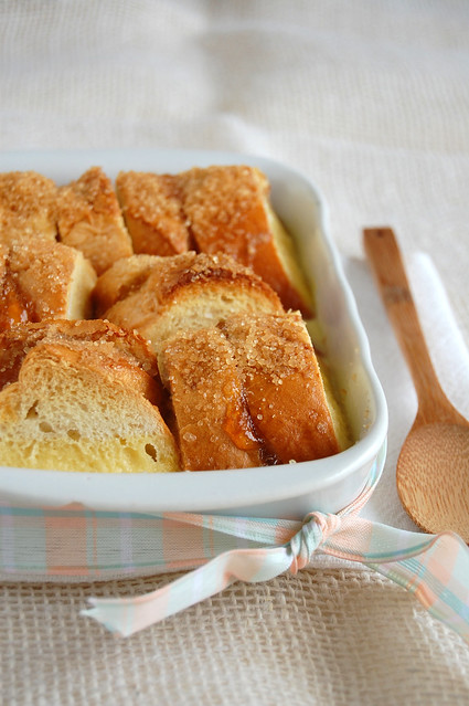 Marmalade bread and butter pudding / Pudim de pão com geléia de laranja