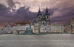 Old Town Square - Prague - Morning Sunlight (DiGitALGoLD) Tags: old morning sunlight digital sunrise buildings square gold town nikon republic czech prague praha nikkor oldtownsquare f28 d3 republika ceska 1424 1424mm