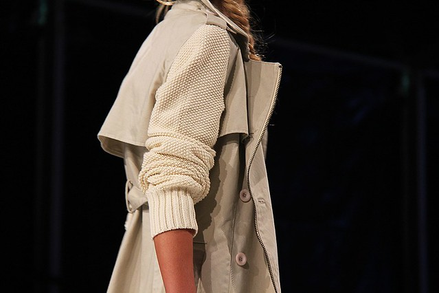 trench coat with knit sleeves via Carolines Mode