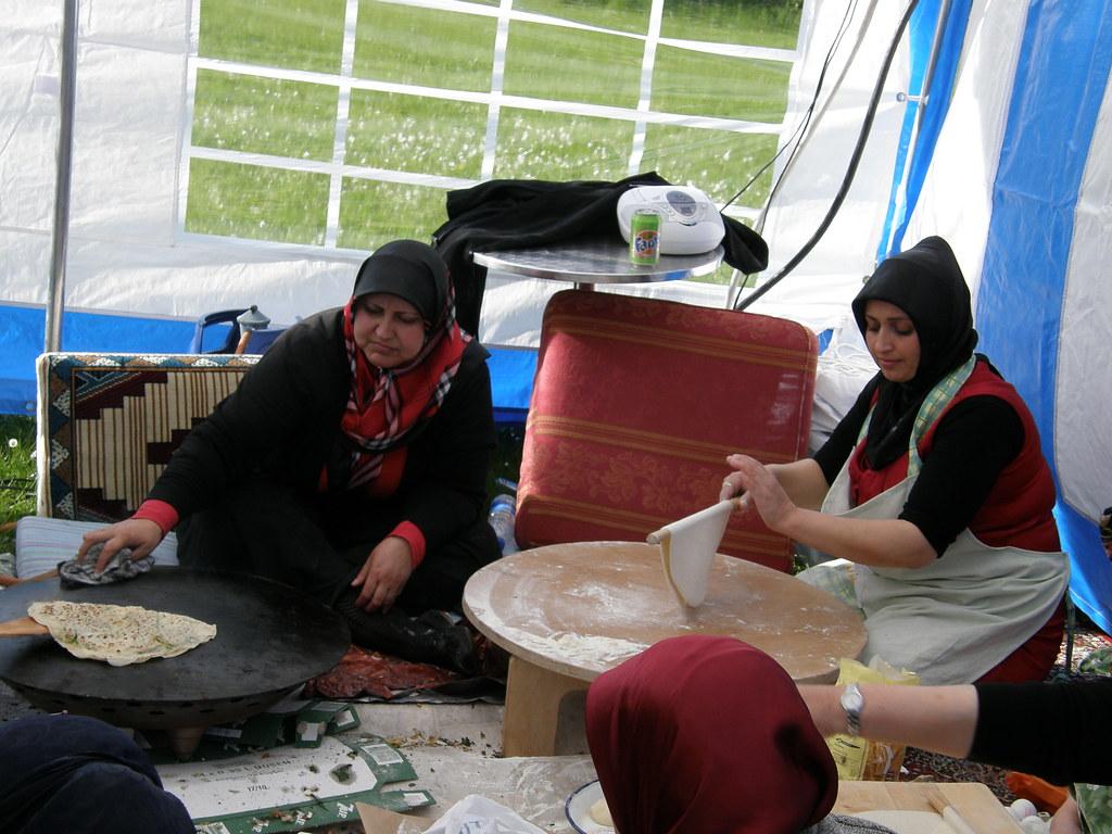 Turkish/Kurdish cooks at work