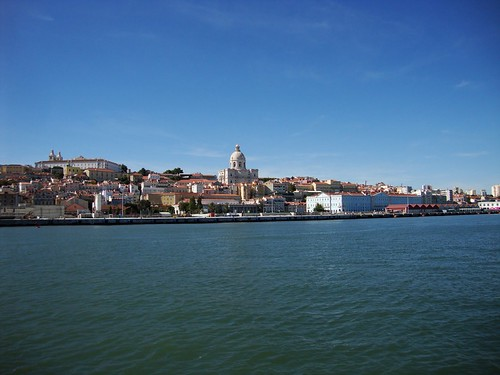 The Panteao as seen from the Tagus