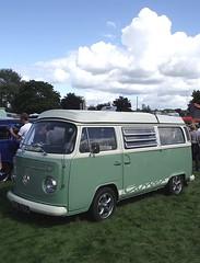 vw volkswagen camper combi