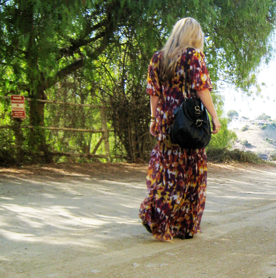 dirt road+long flowy dress+ferragamo bag