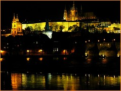 Prague, the golden city with hundred spires (jackfre2 (on a trip-voyage-reis-reise)) Tags: bridge colour castle reflections gold prague cathedral czechrepublic charlesbridge vltava hradcany karluvmost praguecastle moldau malastrana mygearandmepremium mygearandmebronze