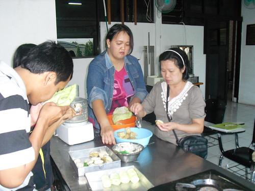 Cara Membuat Batagor & Siomay Bandung. Kursus Tristar - 085731051010