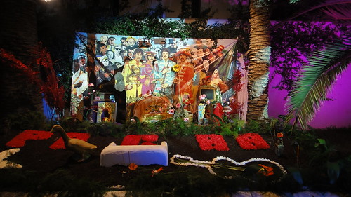 flower-power-closing-party-pacha