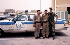 Saudi cops and Army MP 1991 (Pyrat Wesly) Tags: chevrolet army gimp police chevy militarypolice 1991 mp saudiarabia caprice desertstorm patrolcar arizonanationalguard 855th