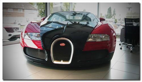 Bugatti Veyron at Romans in Surrey