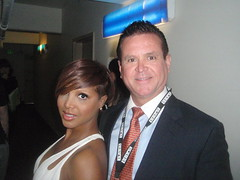 Toni Braxton and Marcus Fontain (UnimundoTV) Tags: logo marcus toni registered trademark fontain braxton unimundo