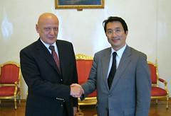 サルタノフ・ロシア外務次官と会談