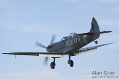 G-ILDA VICKERS SUPERMARINE SPITFIRE T9 CBAF.10164 PRIVATE - 100905 Duxford - Alan Gray - IMG_3796