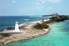 Nassau Harbour Lighthouse