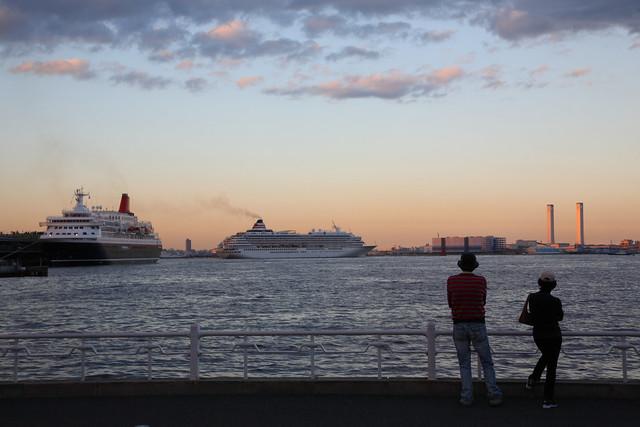 豪華客船の出航