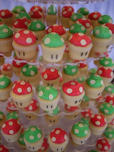 Super Mario Bros & 1UP Mushrrom Wedding Cupcake Tower