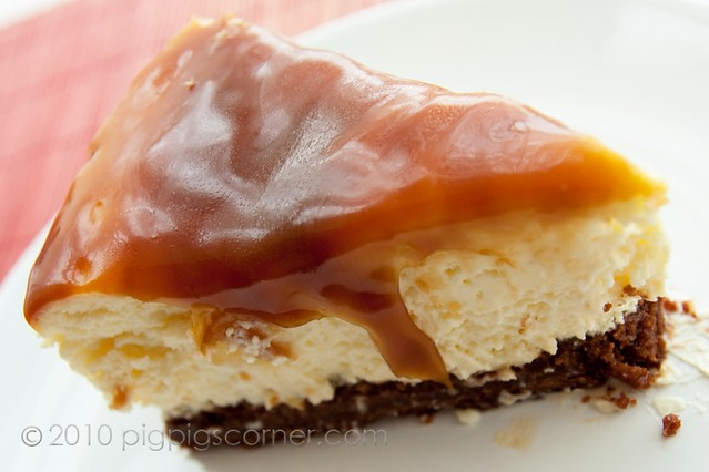 Pillow Cheesecake with Salted Butter Caramel Sauce 2