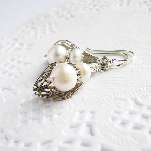 freshwater pearl earrings with filigree leaf