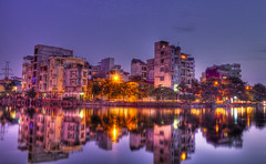 West Lake Vietnam (Marty Windle -Travel Photographer) Tags: lake west asia cityscape nightshot dusk september vietnam bach 7d hanoi marty hdr 2010 truc windle trucbach martywindle ©martywindle