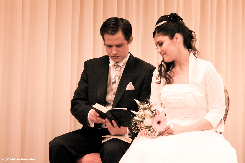 Matrimonio Leyendo La Biblia : The world s best photos of carolina and matrimonio flickr hive mind