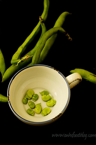 Fresh broad bean (fave bean)