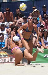 AVP Pro Volleyball Tournament Long Beach 2010 (Veger) Tags: ivy beachvolleyball longbeach volleyball avp rutledge ashleyivy provolleyball professionalvolleyball lisarutledge avp2010 ashleyivyavp ashleyivylongbeach ashleyivyvolleyball ivyavp ashleyivy2010 avplongbeachvolleyball avplongbeach longbeachavp lisarutledgeavp lisarutledgelongbeach lisarutledgevolleyball rutledgeavp lisarutledge2010