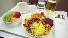 Business Class In-flight Meal - Singapore Airlines (Matt@PEK) Tags: singaporeairlines staralliance pentax a333 businessclass