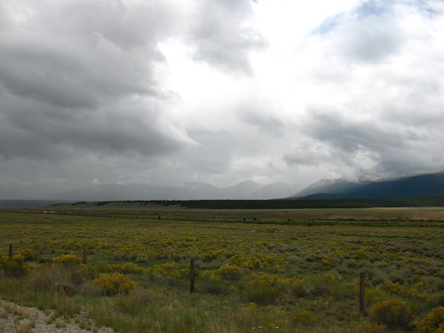 typical wide valley inside the Rockies