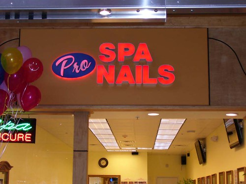 pro spa nails