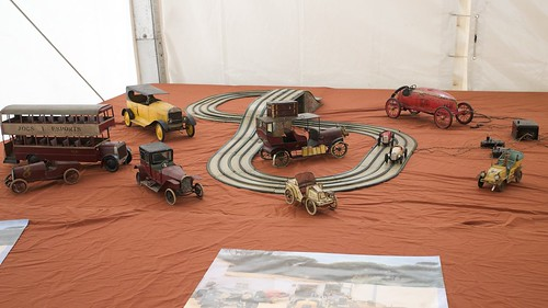 L9761704 - Motor Toys 2010