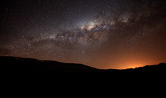 Setting Milky Way (lrargerich) Tags: sky azul night way landscape glow horizon center h