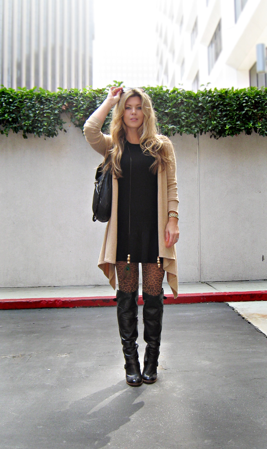 leopard tights+leather boots+sweater dress+blonde hair