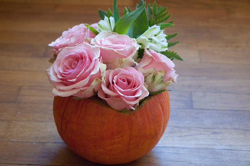DIY Pumpkin vase (less than $5!)