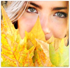 AUTUMN LEAVES (nanettesol) Tags: autumn portrait green girl leaves hojas eyes retrato otoo paola rememberthatmomentlevel1