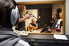 (Gojero) Tags: camera music live band muziek radioshow canonefs1755mmf28isusm canon7d liveandkicking mrknowhow radiomeppel rtvmeppel