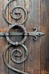 Porte de l'glise Notre-Dame d'Autheuil - Orne - Basse Normandie (Philippe_28 (maintenant sur ipernity)) Tags: door france church roman porte normandie normandy glise fer 61 romane perche orne ferronnerie autheuil