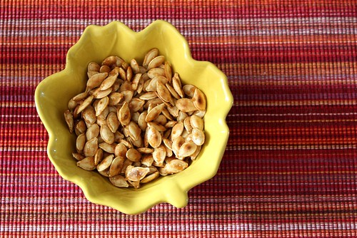 caramelized-pumpkin-seeds