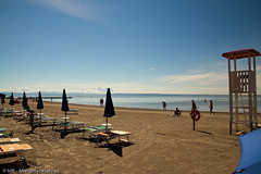 Grado 2010 (goerz_1) Tags: blue summer sky italy sun beach seaside estate blu cielo venezia spiaggia grado giulia friuli gorizia friuliveneziagiulia sigma1770 canoneos50d