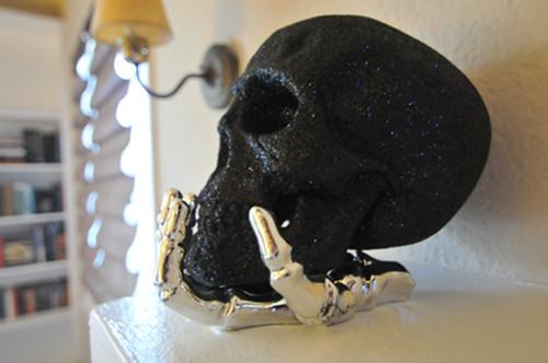 black glitter skull