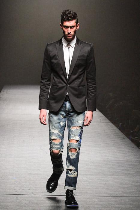 SS11_Tokyo_VANQUISH001_Mathias Bilien(Fashionsnap)