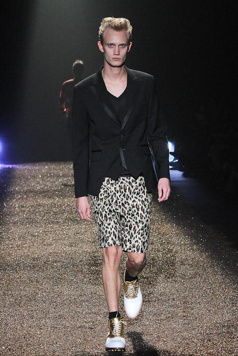 Nicolai Haugaard3076_SS11_Tokyo_@IZREEL(Fashionsnap)