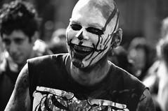 tengo un chiste sobre Funes Mori, pero es malsimo (quino para los amigos) Tags: zombie joke asesino risa zombiewalk guasn dsc0193