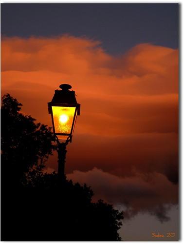 Balade nocturne dans les nuages
