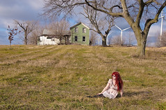 vor die huser verschneit sind (Viking Astronaut Asa [[Kryptomaisonaut]]) Tags: house green abandoned windmill girl field pretty dress windturbine