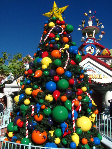 The Holidays Hit Mickey's Toontown
