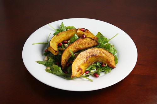 Arugula Salad with Pomegranate and Roasted Acorn Squash