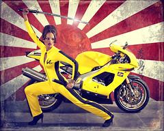 LIZ BILL (EUGENIO SILICEO) Tags: city liz bike yellow mexico bill df kill elizabeth australia amarillo moto motorcycle kiddo beatrix aprillia payne aprilia superbike motocicleta