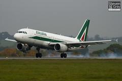 EI-DTI - 3976 - Alitalia - Airbus A320-216 - Luton - 101101 - Steven Gray - IMG_4265