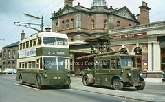 Days gone in Derby (Lady Wulfrun) Tags: station 5 railway brush system railwaystation 200 network 1960s sunbeam cavendish derby f4 midland daimler 1964 trolleybus midlandrailway lms electricbus tw5 trolleybuses derbyct britishrailway towerwagon midlandstationderby arc500 gog5