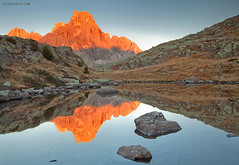 Grotto's Lake (lucagiustozzi.com) Tags: lake grottos