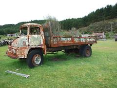 Thames Trader, Endean's mill, Waimiha (AA654) Tags: thames trader truck endeans sawmill waimiha nz newzealand rust mill geo ottoway abandoned rustyandcrusty