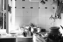 Happy Thanksgiving! (gcarmilla) Tags: thanksgiving light bw kitchen sink bn dishes cucina piatti rubinetto
